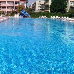 Отель Sunny Fort Studio Болгария, Солнечный берег - отзывы, цены и фото номеров - забронировать отель Sunny Fort Studio онлайн бассейн фото 2