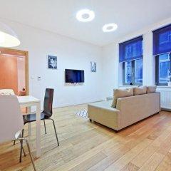 Апартаменты Family Apartments Прага комната для гостей фото 3