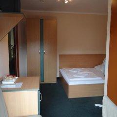 Отель Alfred Panzio Стандартный номер с двуспальной кроватью фото 6