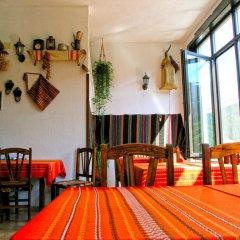 Отель Guest House Konakat Болгария, Чепеларе - отзывы, цены и фото номеров - забронировать отель Guest House Konakat онлайн гостиничный бар