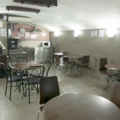 Be Ramblas Hostel питание