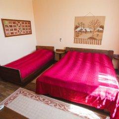 Айвенго Отель 3* Стандартный семейный номер с двуспальной кроватью