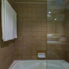Отель Beyond Resort Kata ванная фото 2