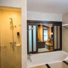 Отель Deevana Patong Resort & Spa 4* Улучшенный номер с двуспальной кроватью фото 9