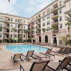 Отель Sunshine Suites бассейн