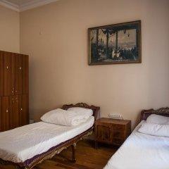 Chambers Of The Boheme - Hostel Кровать в женском общем номере двухъярусные кровати