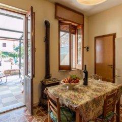 Отель Casa Vacanze Villa Caruso Фонтане-Бьянке комната для гостей фото 2
