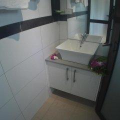 Отель Bayview Cove Resort ванная фото 2