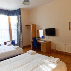 Отель The Victorian House 2* Стандартный семейный номер с различными типами кроватей фото 4