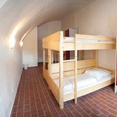Subraum Hostel Кровать в общем номере с двухъярусной кроватью фото 3