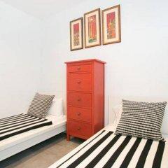 Апартаменты Apartment Poble Sec Барселона комната для гостей фото 2