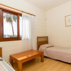 Отель Gold Sand Villa Кипр, Протарас - отзывы, цены и фото номеров - забронировать отель Gold Sand Villa онлайн комната для гостей фото 3