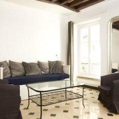 Отель Appartement Saint Rustique Франция, Париж - отзывы, цены и фото номеров - забронировать отель Appartement Saint Rustique онлайн комната для гостей фото 5