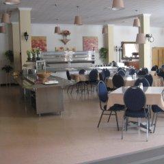 Отель Manoir dYouville питание