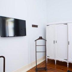 Отель Typical Lisbon Guest House Стандартный номер с различными типами кроватей фото 3