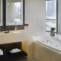 The Address, Dubai Mall Hotel 5* Номер Делюкс с различными типами кроватей фото 3