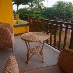 Отель Thaproban Beach House 3* Улучшенный номер с двуспальной кроватью фото 8