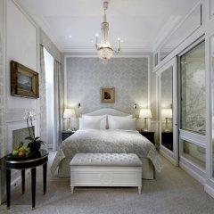 Hotel Sacher 5* Улучшенный номер с различными типами кроватей