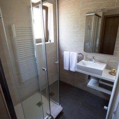 Отель Casa da Portela Люкс с различными типами кроватей фото 9