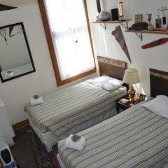 Grand Canyon Hotel 2* Стандартный номер с 2 отдельными кроватями (общая ванная комната) фото 5