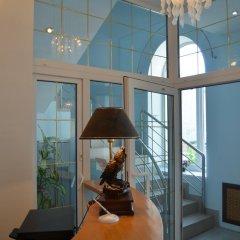 Гостиница Complex Mir в Белгороде 6 отзывов об отеле, цены и фото номеров - забронировать гостиницу Complex Mir онлайн Белгород балкон