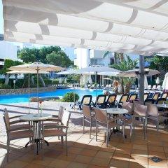 Отель Hipotels Bahía Grande Aparthotel бассейн