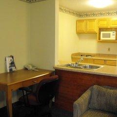 Отель Americas Best Value Inn Three Rivers 2* Люкс с различными типами кроватей фото 6