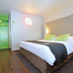 Отель Campanile Lyon Est - Aéroport Saint Exupéry 3* Улучшенный номер с различными типами кроватей фото 4