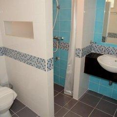 Kt Mansion & Hotel Бангкок ванная
