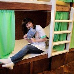 Хостел Fight night (закрыт) Кровать в женском общем номере с двухъярусными кроватями фото 2