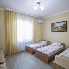 Гостевой Дом Лазурный Номер Эконом с разными типами кроватей фото 5