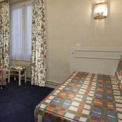 Отель Hôtel de Suez 2* Стандартный номер с двуспальной кроватью фото 2