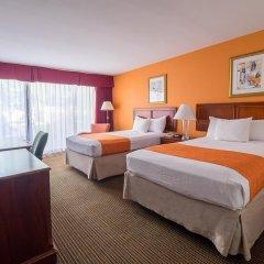Howard Johnson Inn Fullerton Hotel and Conference Center 3* Стандартный номер с различными типами кроватей фото 3