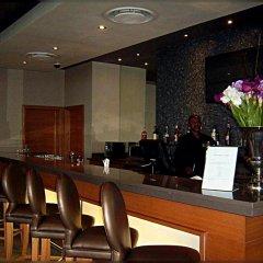 Отель Holiday Inn Express Sandton Woodmead гостиничный бар