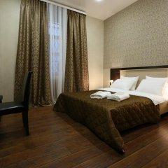 Гостиница Эден 3* Улучшенный номер с двуспальной кроватью