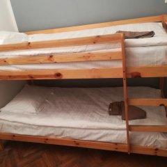 Отель The Penny Outpost Кровать в общем номере с двухъярусными кроватями фото 3
