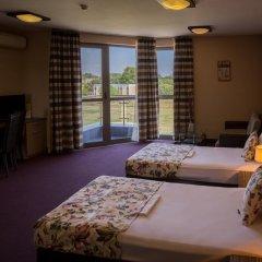Plaza Hotel 3* Стандартный номер с разными типами кроватей фото 13