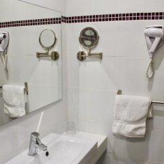 Hotel Des Pyrenees Париж ванная фото 2