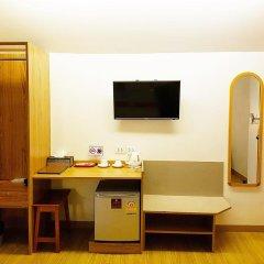 Dinso Mon Hotel 3* Улучшенный номер фото 6