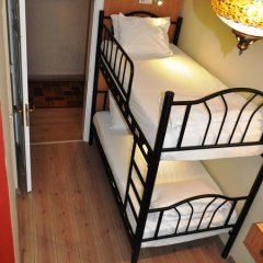 Хостел Antique Номер Эконом 2 отдельные кровати фото 13