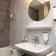 Hotel Crystal 3* Стандартный номер с двуспальной кроватью фото 5