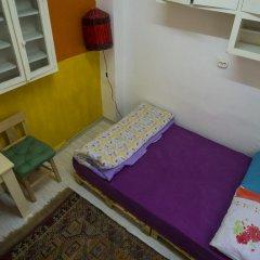 Хостел Shantihome Турция, Измир - отзывы, цены и фото номеров - забронировать отель Хостел Shantihome онлайн комната для гостей фото 3