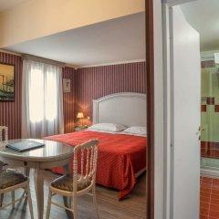 Hotel La Fenice Et Des Artistes 3* Стандартный номер с двуспальной кроватью фото 6
