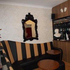 Delamere Hotel гостиничный бар