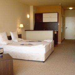 Отель Carina Beach Aparthotel - Free Private Beach комната для гостей