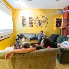 The Monk's Bunk Party Hostel спа