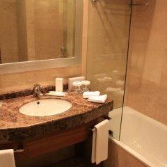 Отель Holiday Inn Istanbul Sisli ванная
