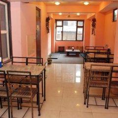 Отель Kantipur Heritage Homestay Непал, Катманду - отзывы, цены и фото номеров - забронировать отель Kantipur Heritage Homestay онлайн питание