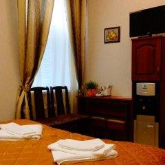 Отель Питер Санкт-Петербург сейф в номере