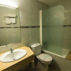 Отель San Juan Park Испания, Льорет-де-Мар - 1 отзыв об отеле, цены и фото номеров - забронировать отель San Juan Park онлайн ванная фото 2